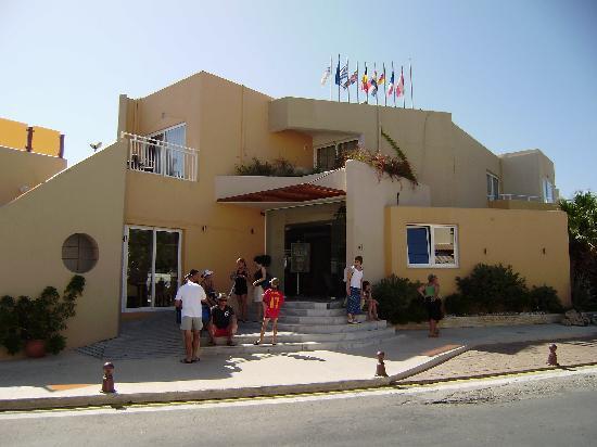 Nefeli Hotel: l'hotel vu de la rue