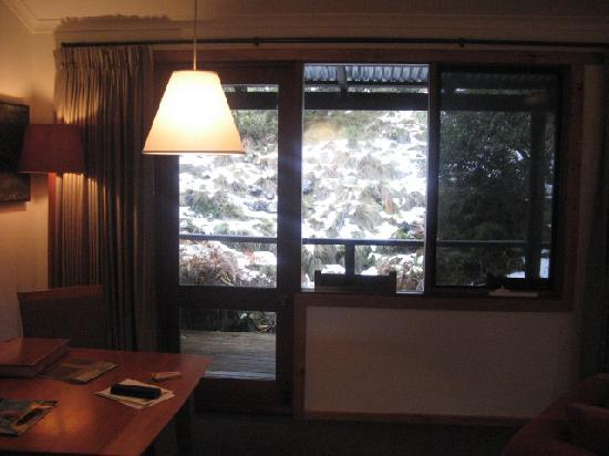 Peppers Cradle Mountain Lodge: looking outside