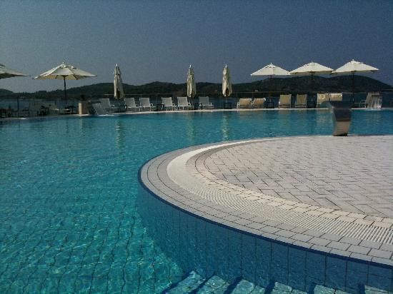 Sun Gardens Dubrovnik: Une piscine (1)