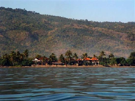 Adirama Beach Hotel: View of the Adirama from the Boat