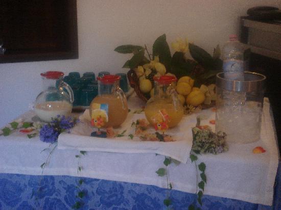 La Colonnina Hotel: Breakfast buffet