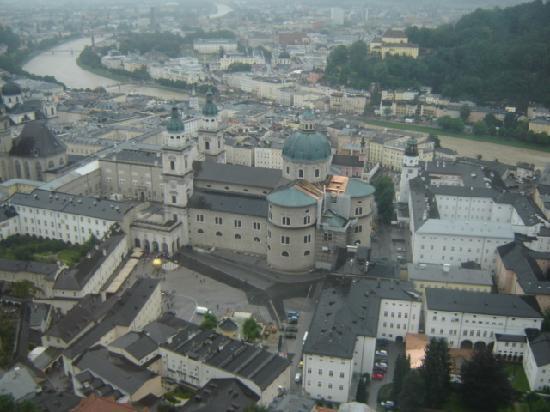 ซาลซ์บูร์ก, ออสเตรีย: sightseeing from the citadel