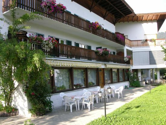 Pension Torr: Esterno Bar