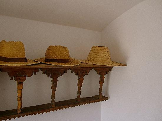 Riad Due: hats for your personal use.