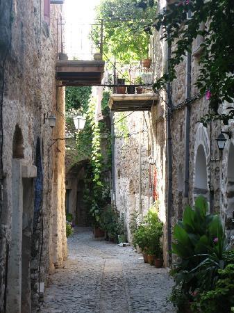 Chios_Mesta_medieval village