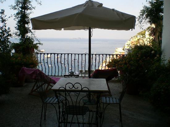 Villa Rosa: Balcone