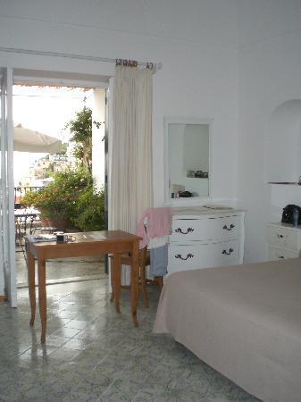Villa Rosa: Camera 33