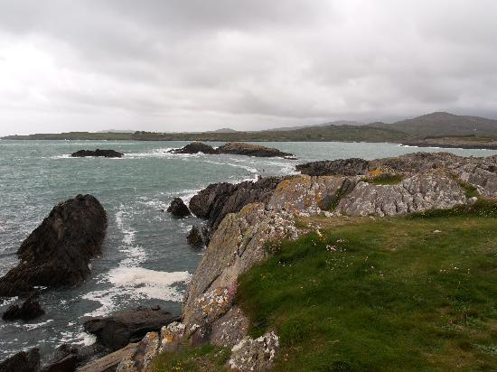 The shoreline at Toormore, between Goleen and Schull