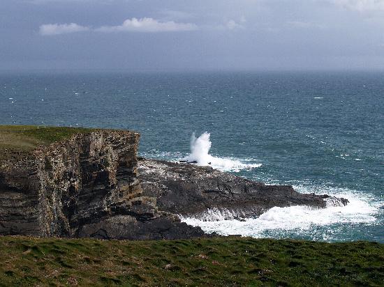 Goleen, ไอร์แลนด์: Cliffs near Mizen Head