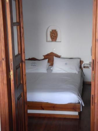 Delfini: Traditional cave house - Bedroom