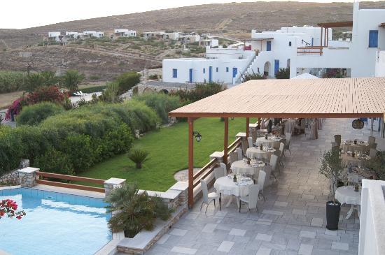 Paros Agnanti Resort: La terrasse pour les repas