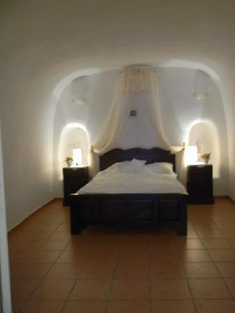Delfini: Traditional cave house SUITE- Bedroom
