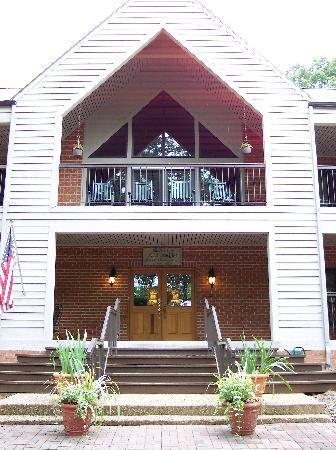 Waynesboro, VA: Entrance