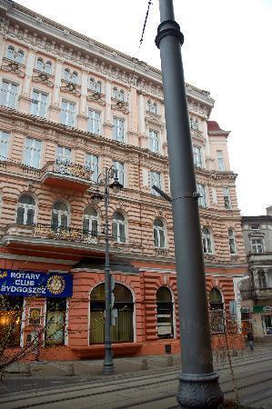 Hotel Pod Orlem: Fassade