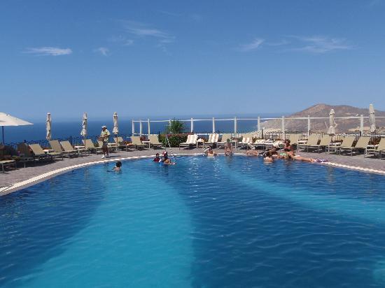 Pueblo Bonito Sunset Beach Golf & Spa Resort: Sky pool.