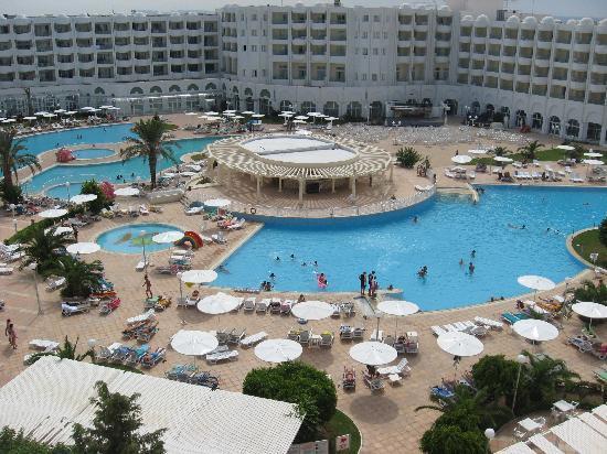 El Mouradi Hammamet: piscina