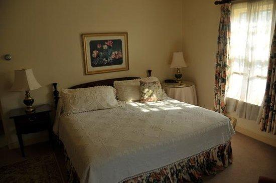 Inn at Montpelier: Room 21