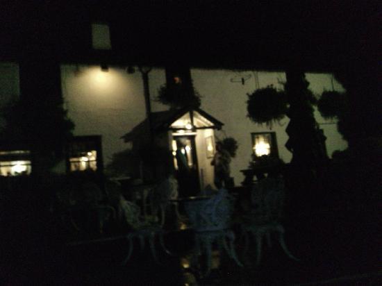The Britannia Inn: Outside the Brittania
