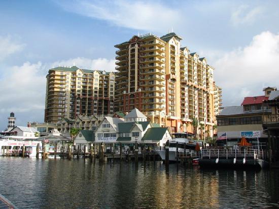 Destin West Beach and Bay Resort: Emerald Grande Hotel Destin