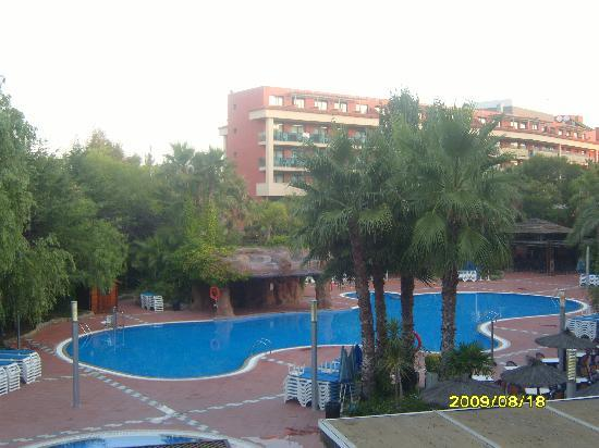 H10 Salauris Palace: early morning view of the pool from the balcony