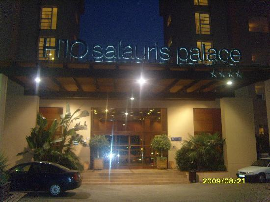 H10 Salauris Palace: front of hotel