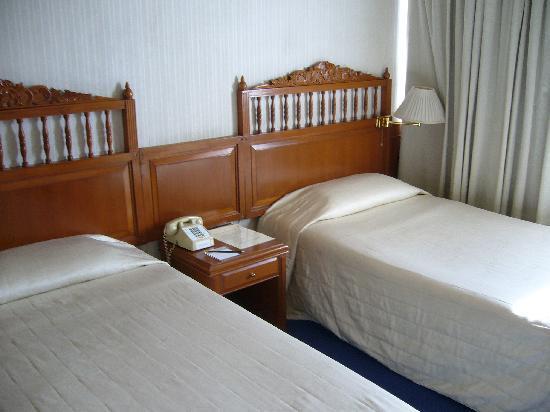 โรงแรม บางกอกเซ็นเตอร์: ベッド