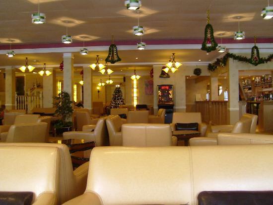 Sandringham Hotel: Sandringham Lounge (enlarged & modernised Xmas 2008)