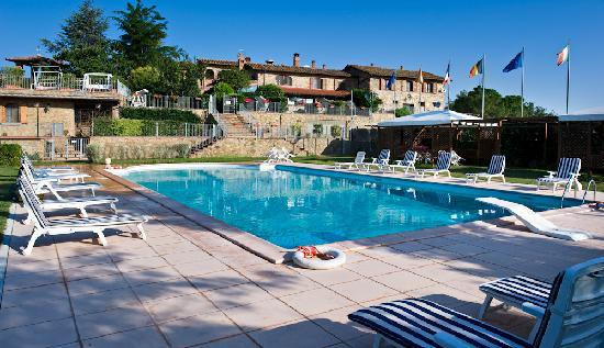 Residence Lady Village: piscina