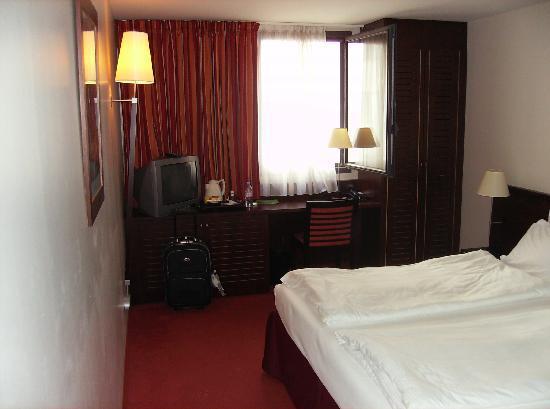 โรงแรมคองคอร์ด มงปาร์นาสส์: la stanza 347