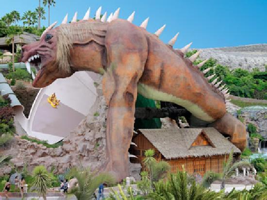 สวนสยาม: El dragon una de las atracciones!
