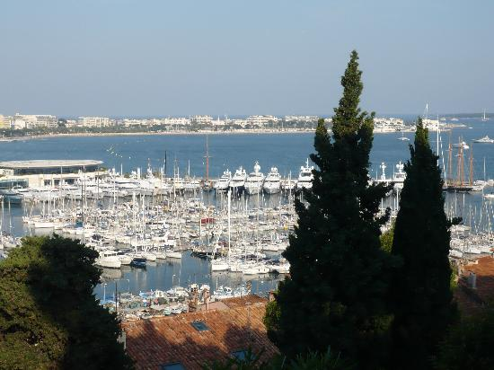 Kimi Residence: Overlooking Cannes from the Museum