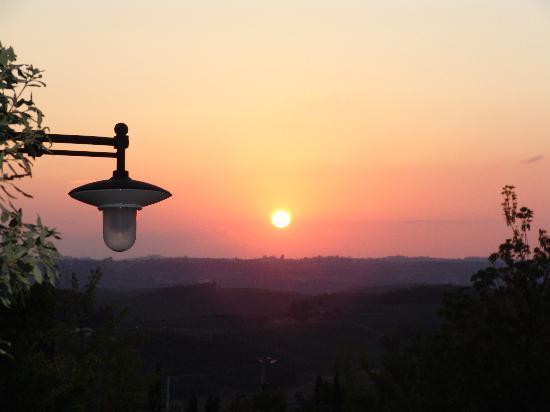 Agriturismo Fonte de' Medici: il tramonto