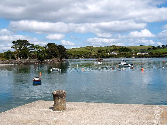 Skibbereen, ไอร์แลนด์: View from the jetty at Castletownshend
