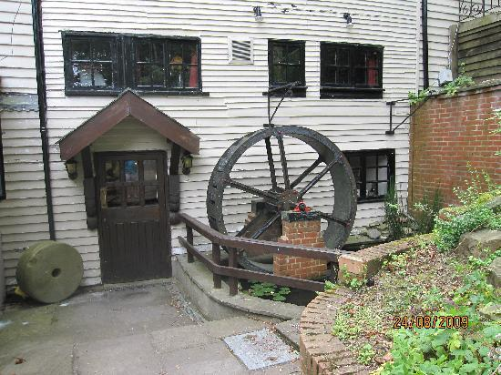 The Wiremill Lakeside Pub & Inn: The Wheel of the Mill