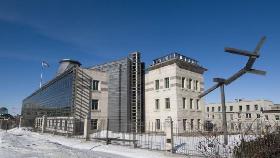 ออตตาวา, แคนาดา: Embajada de Estados Unidos en Ottawa