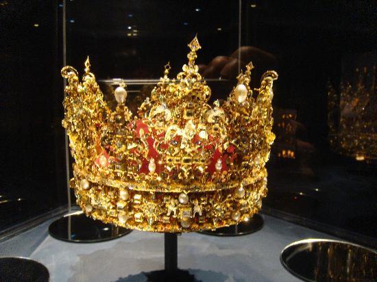 ปราสาทโรเซนเบิร์ก: Danish Crown Jewels