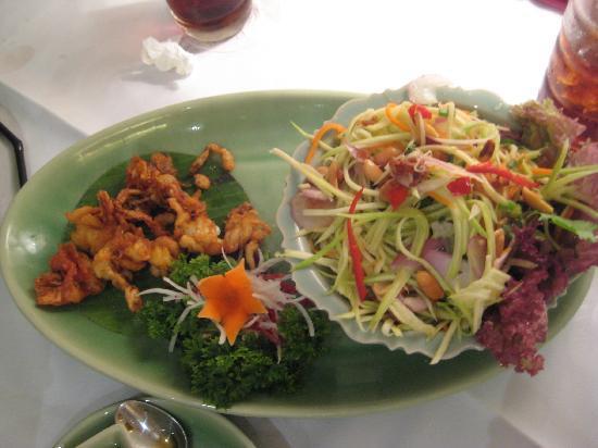 Celadon: Crab and green mango salad