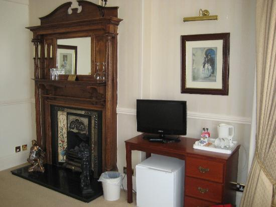 The Conifers Guest House : View of the Room