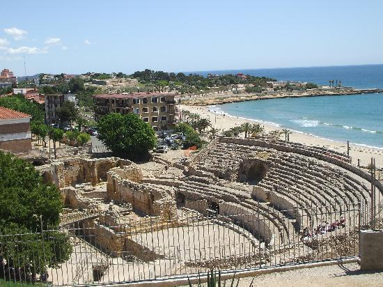 Hotel Placa de la Font: Roman Amphitheatre
