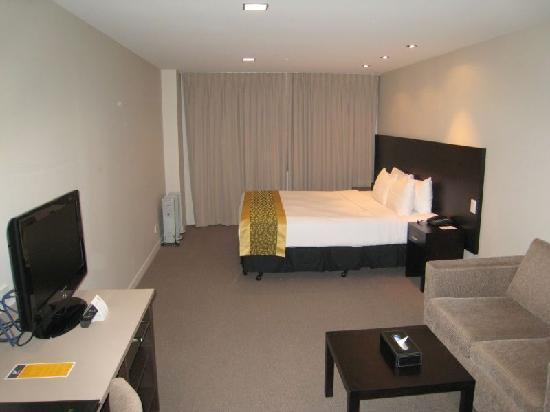 โรงแรมโอกแลนด์ซิตี้ ถนนฮอปซัน: Elegant, clean room