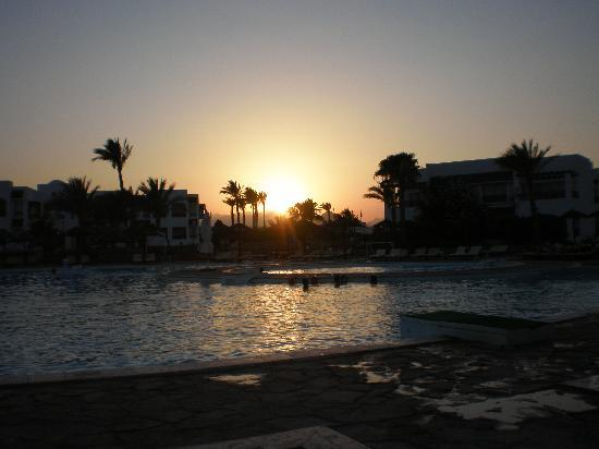 Coral Beach Resort Montazah: tramonto