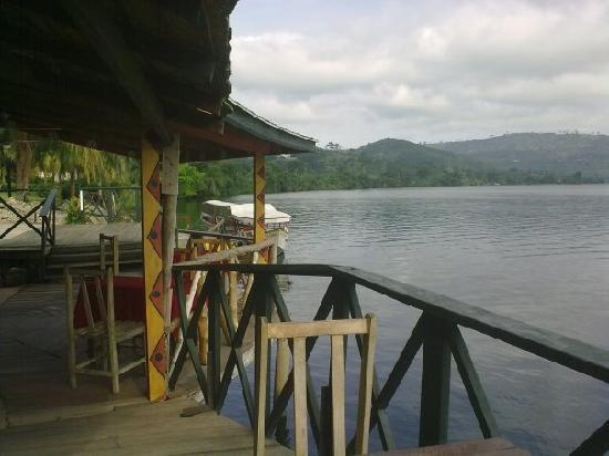 Afrikiko River Front Resort: waterfront restaurant