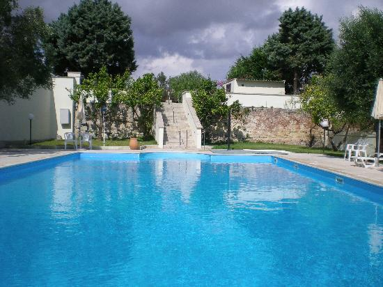 Hotel Masseria Bandino: la piscina