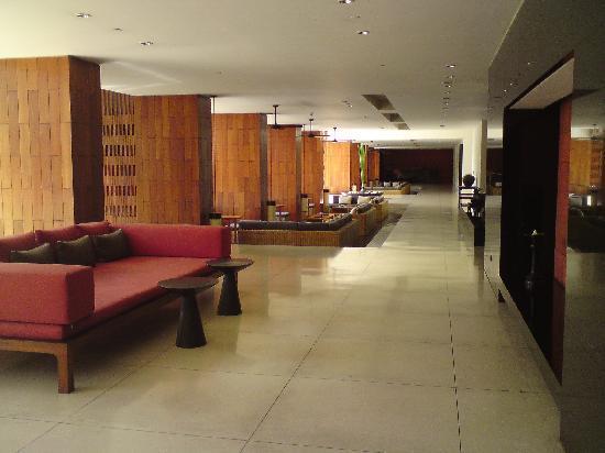 อนันตรา เชียงใหม่ รีสอร์ท แอนด์ สปา: reception lobby