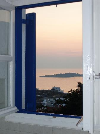 Angelika Studios: panorama dalla finestra della cucina