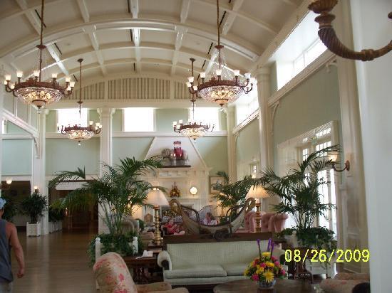 Disney's BoardWalk Inn: Lobb Area