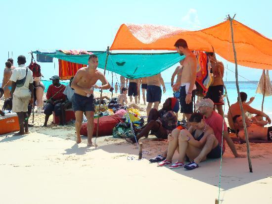 แซนซิบาร์, แทนซาเนีย: All'isola che non c'è con il rastaman