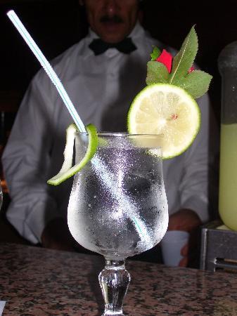 El Mouradi Palm Marina: my great drinks at the main bar