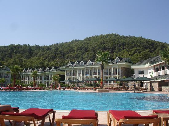 Green Forest Hotel: Pool