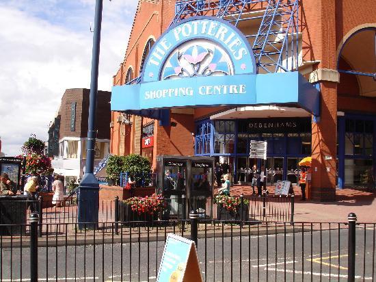 Stoke-on-Trent, UK: pottereries shopping centre